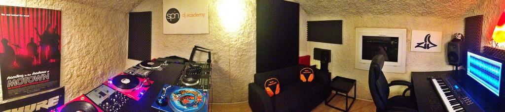 Studio von DJ ZID an der Spin DJ Academy