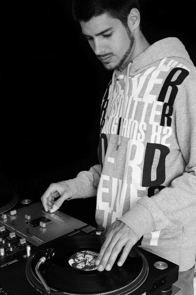Coach: DJ ZID