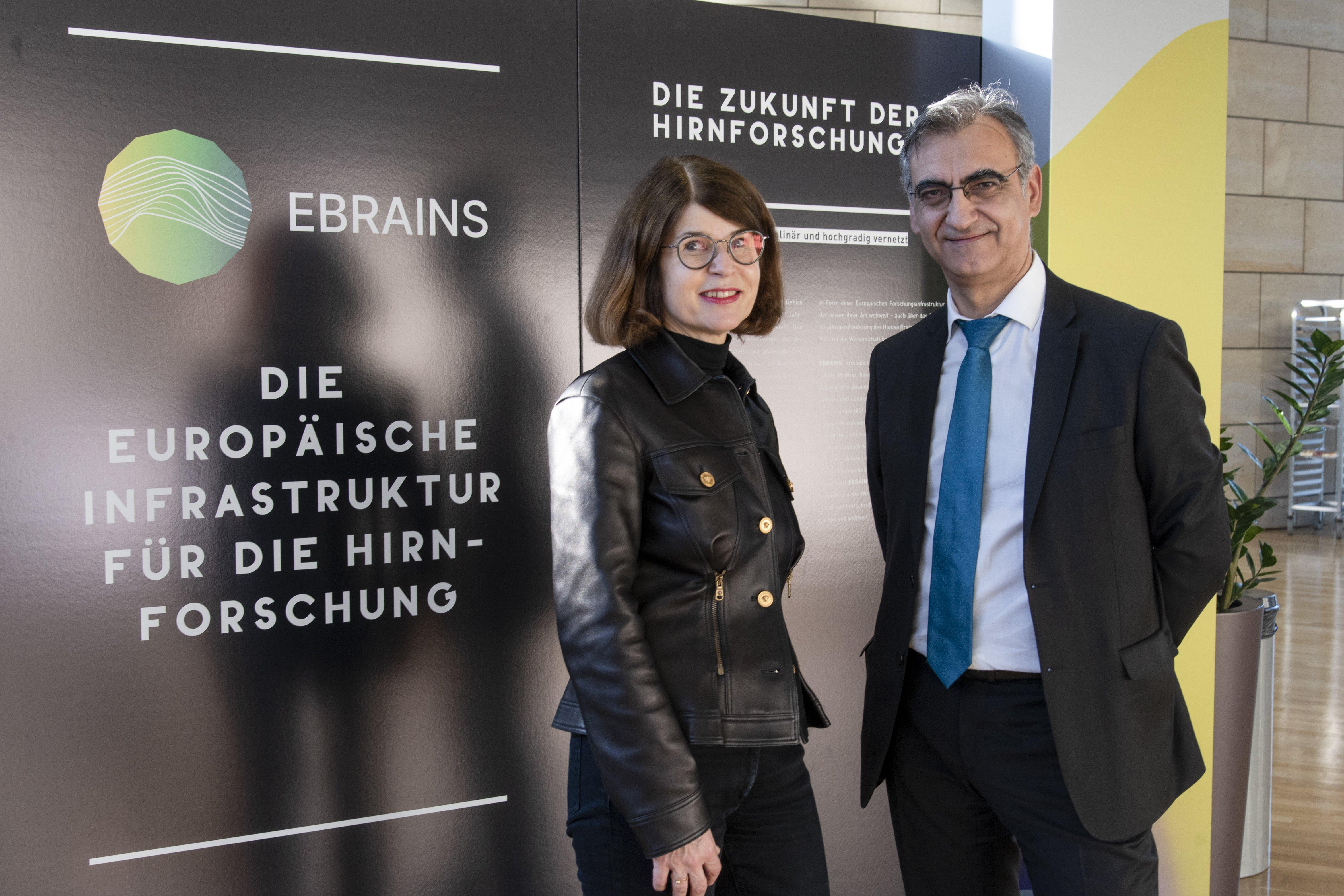 106 Faszination Gehirn_Landtag Ddorf.JPG